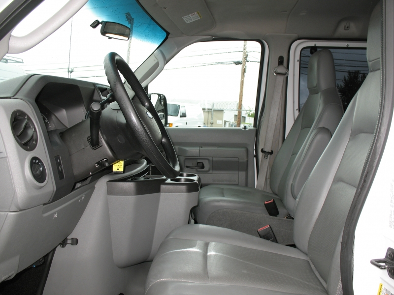 Ford Econoline Wagon 2011 price $14,995