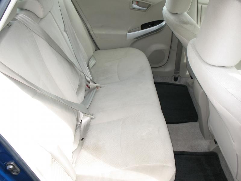 Toyota Prius 2010 price $10,995