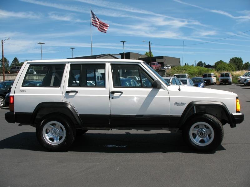 Jeep Cherokee 1996 price $12,995