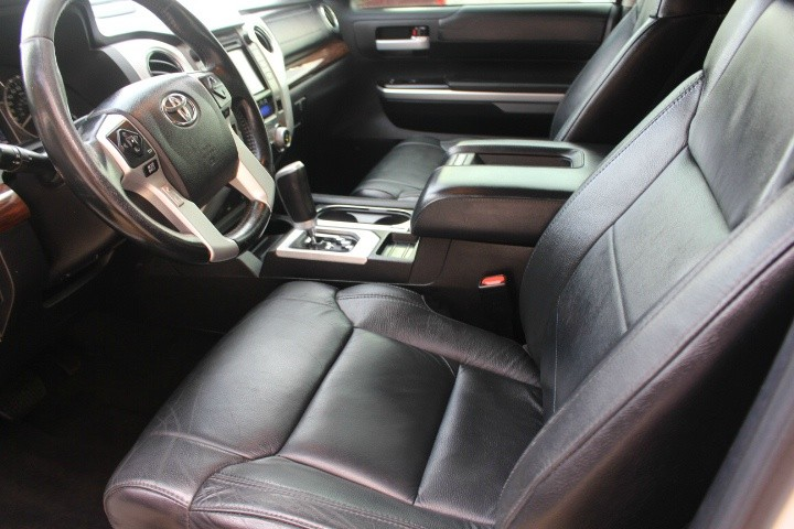 Toyota Tundra 2015 price $25,488