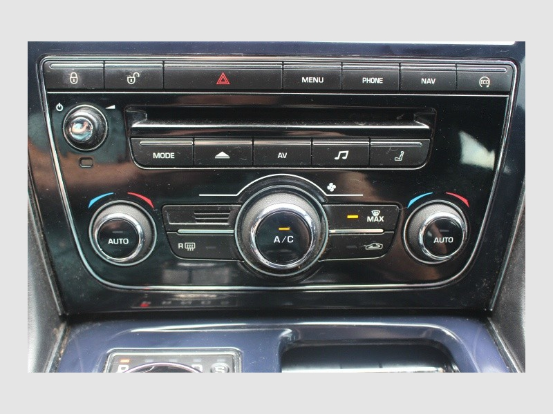 Jaguar XJ 2013 price $24,788