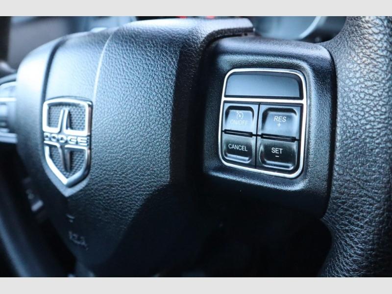 Dodge Avenger 2013 price $4,588