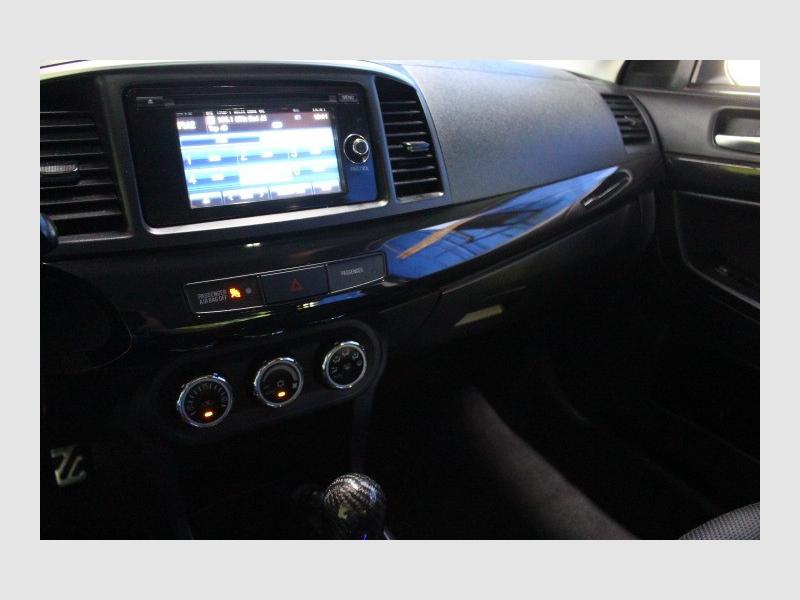 Mitsubishi Lancer Evolution 2015 price $25,588