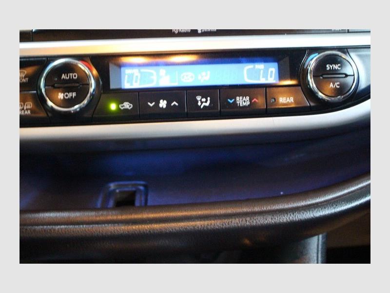Toyota Highlander 2014 price $21,988