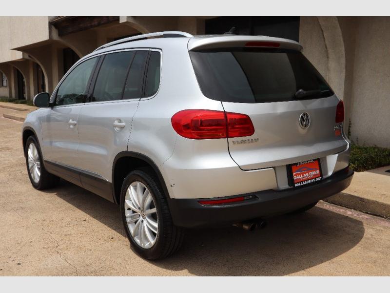 Volkswagen Tiguan 2012 price $8,488