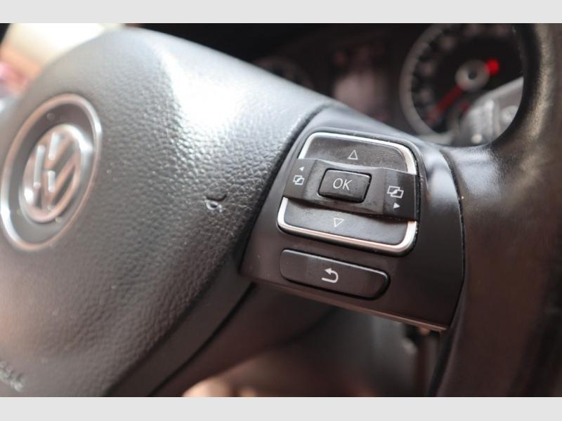 Volkswagen Passat 2013 price $4,788