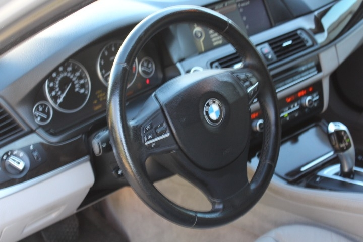 BMW 5-Series 2011 price $8,988