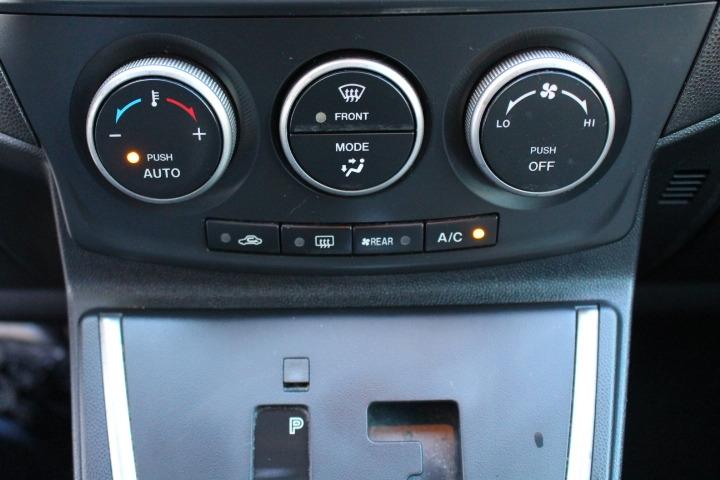 Mazda Mazda5 2013 price $6,788