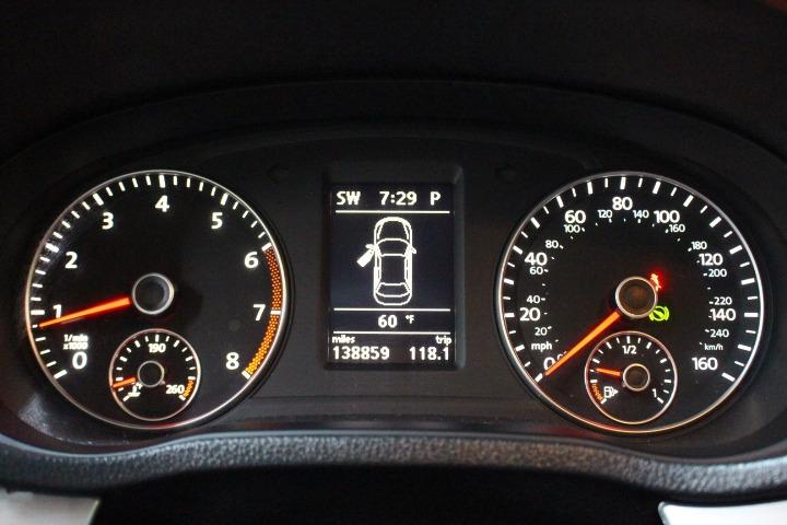 Volkswagen Passat 2012 price $5,688