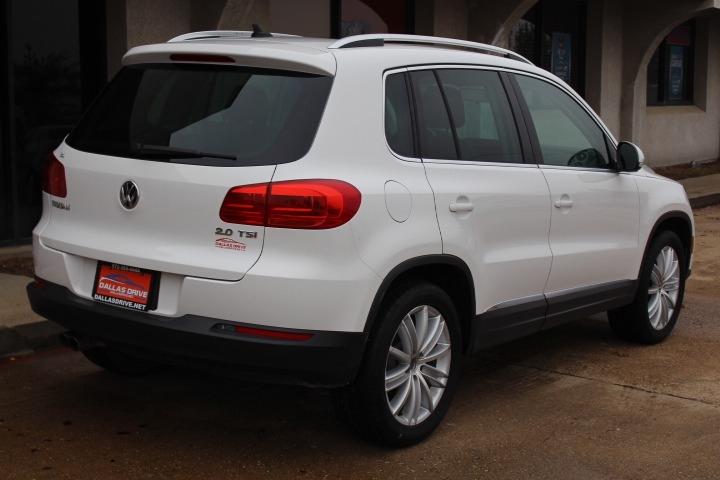 Volkswagen Tiguan 2012 price $7,288