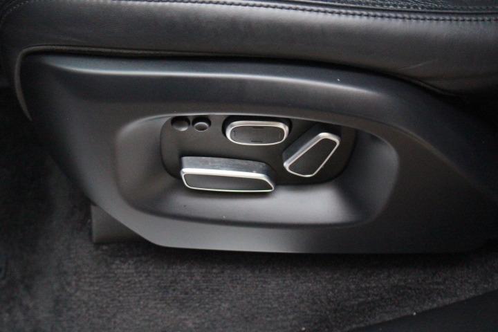 Land Rover Range Rover 2014 price $33,988