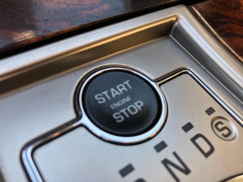 Jaguar XF 2011 price $9,988