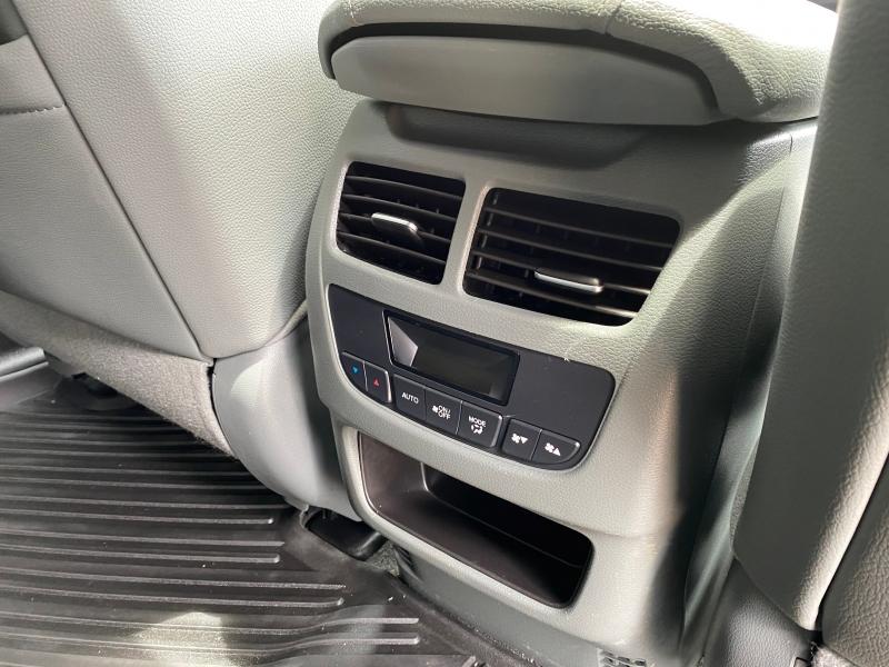 Acura MDX 2015 price $14,988