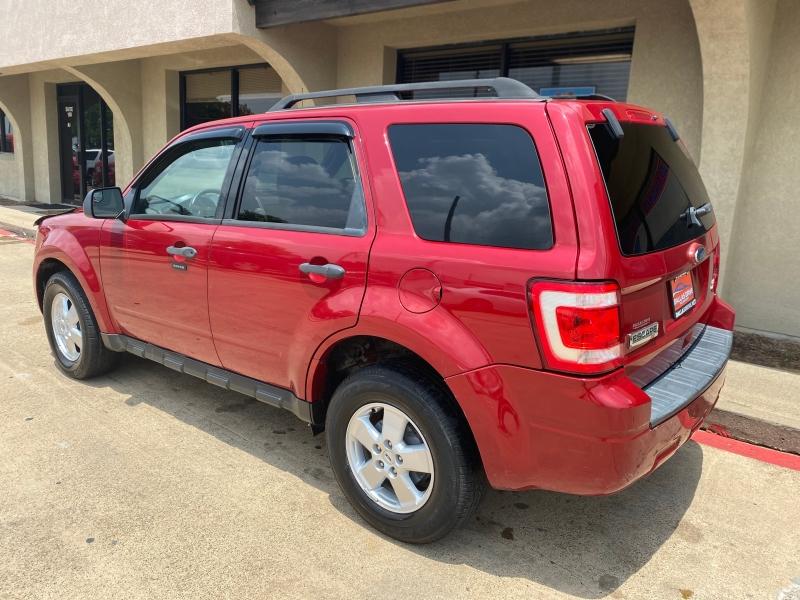Ford Escape 2010 price $4,388