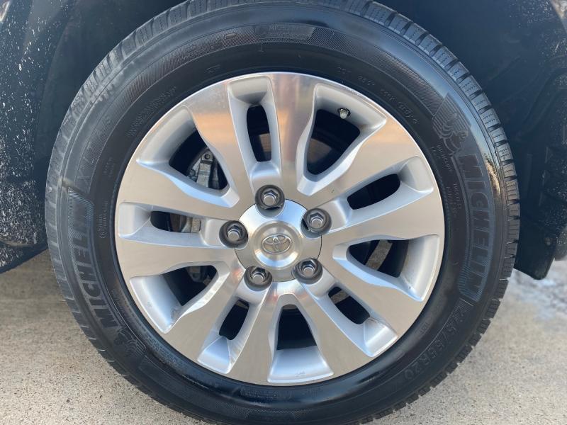 Toyota Sequoia 2012 price $17,988