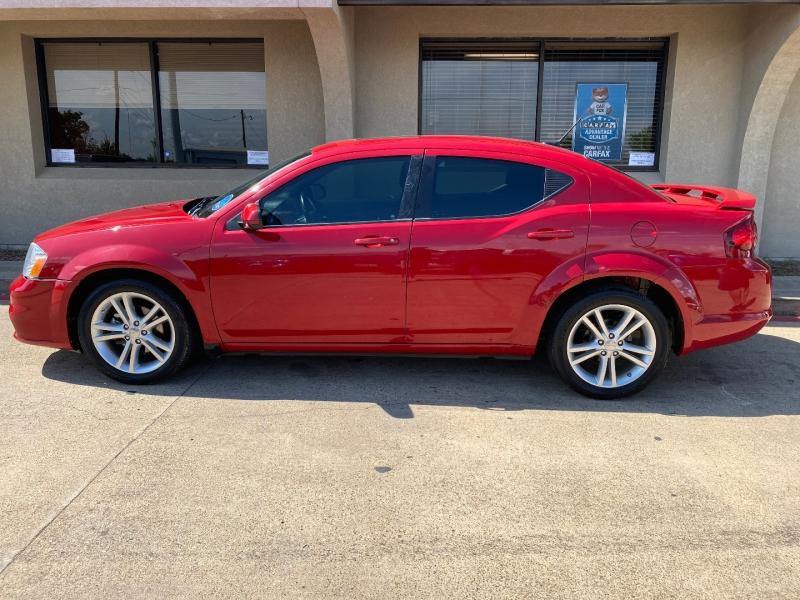 Dodge Avenger 2013 price $7,488