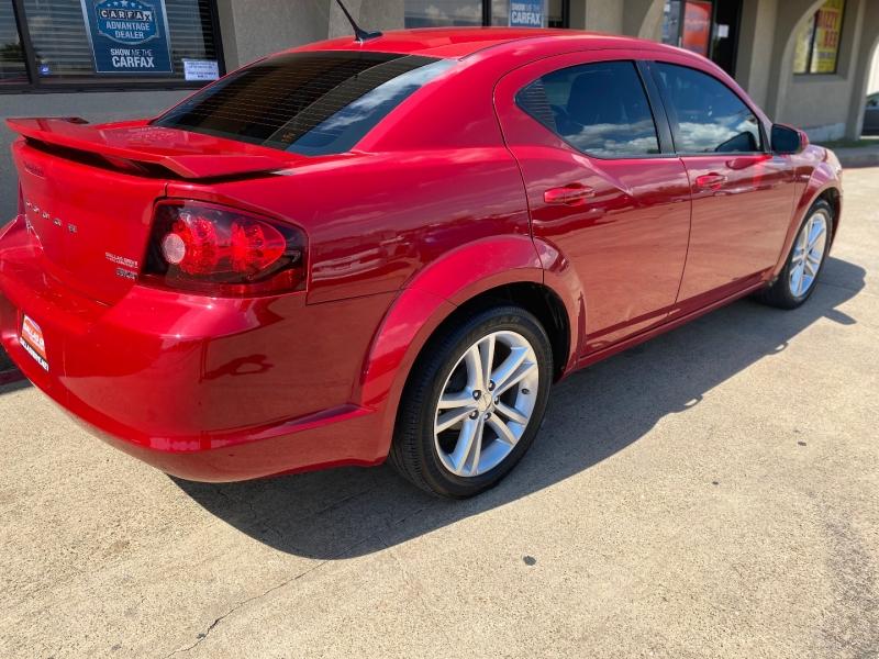 Dodge Avenger 2013 price $7,988