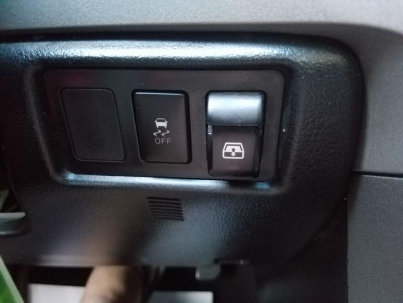 Toyota Tundra 2013 price $25,995