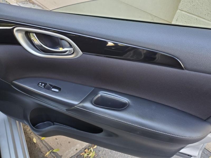 Nissan Sentra 2017 price $10,995