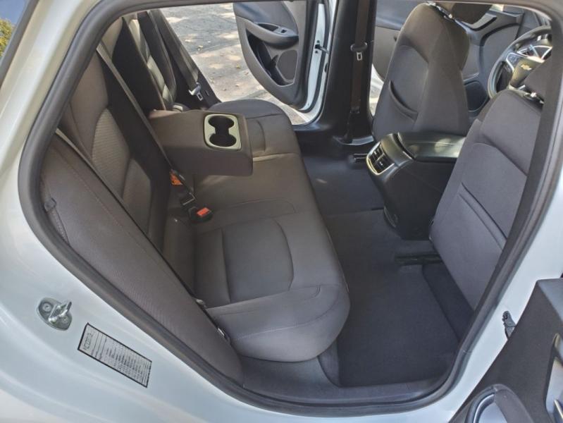 Chevrolet Malibu Clean CarFax plus 2 in stock! 2017 price $11,595