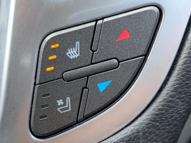 Cadillac SRX 2010 price $11,998