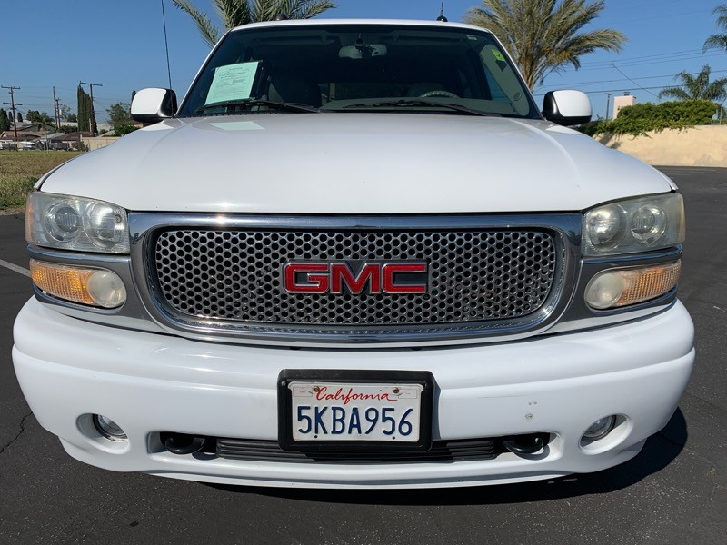 GMC Yukon 2004 price $7,999