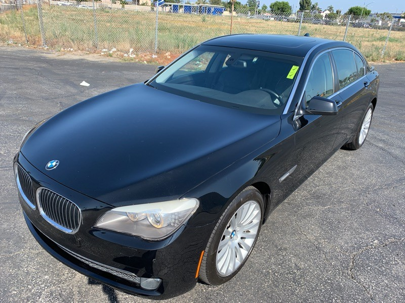 BMW 7-Series 2009 price $12,495