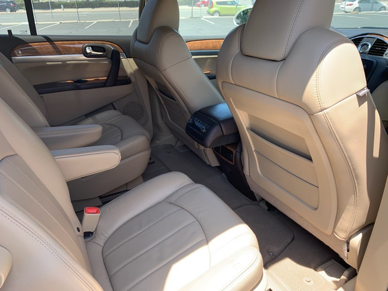 Buick Enclave 2008 price $9,988