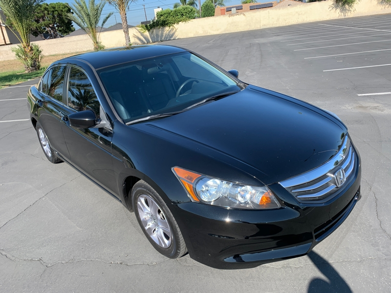 Honda Accord 2012 price $9,988