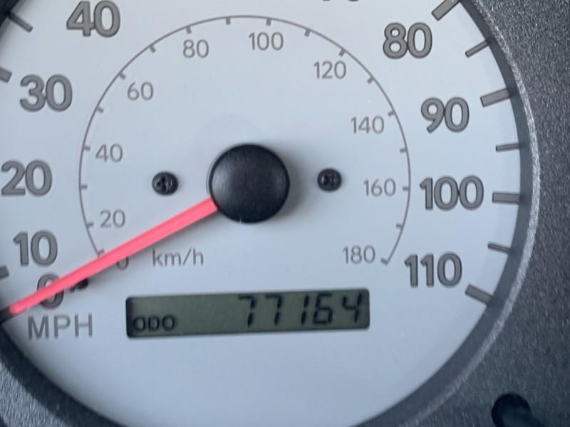 Toyota Corolla 2000 price $4,499