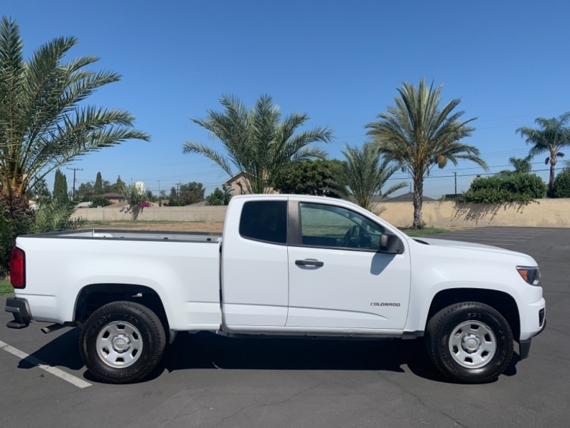 Chevrolet Colorado 2015 price $13,500