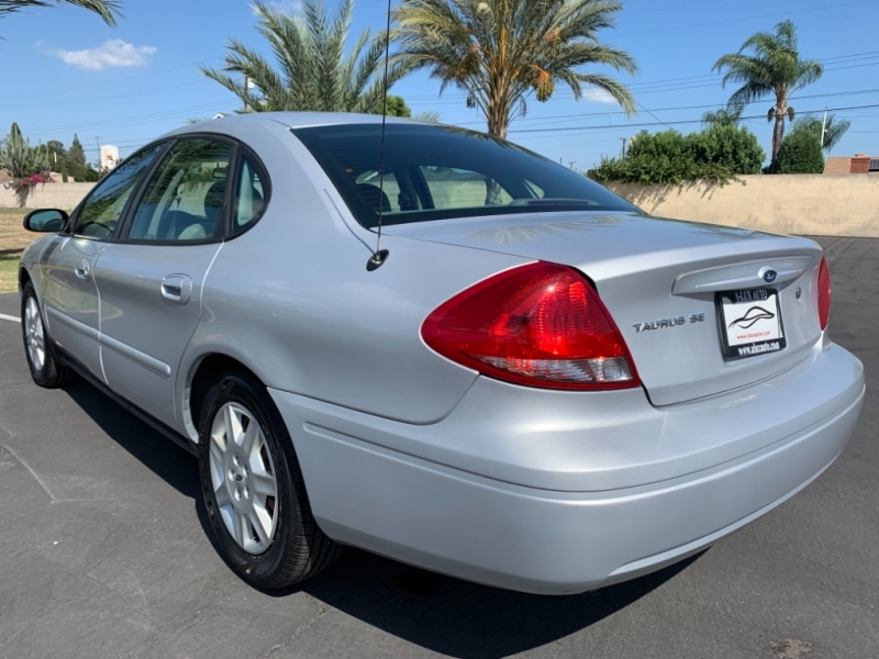 Ford Taurus 2006 price $3,999