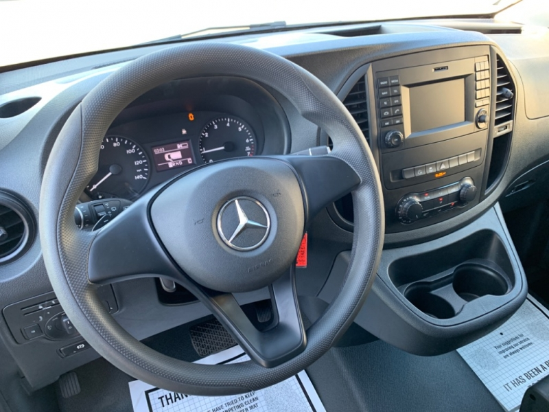 Mercedes-Benz Metris Passenger Van 2017 price $19,988