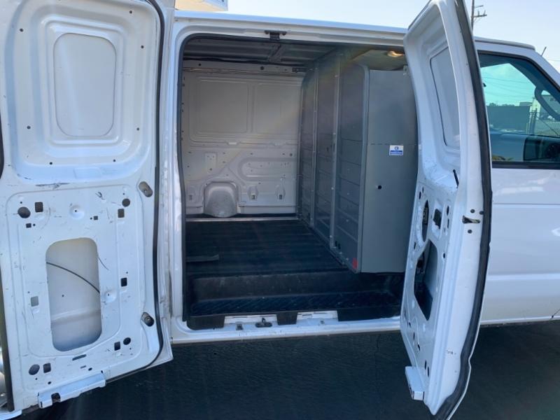 Ford Econoline Cargo Van 2011 price $8,988