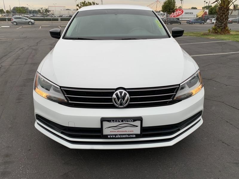 Volkswagen Jetta Sedan 2015 price $8,999