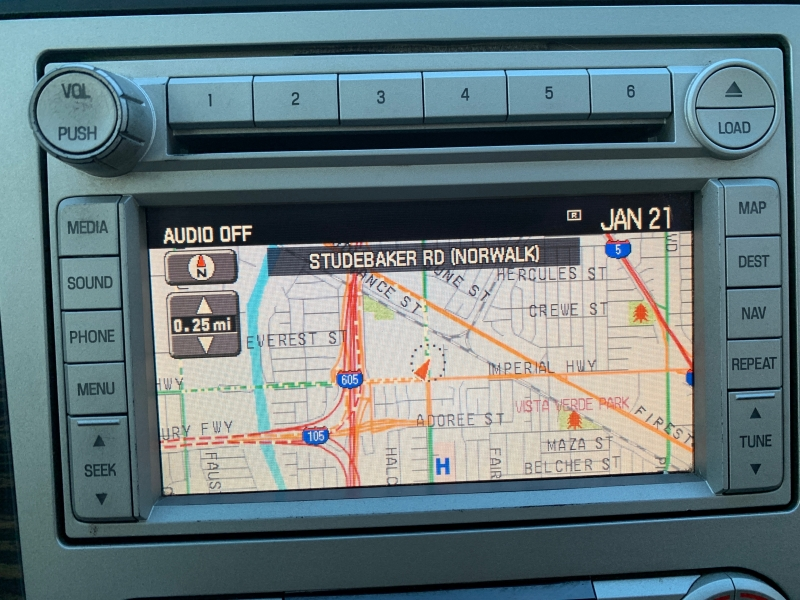 Lincoln Navigator L 2008 price $9,995