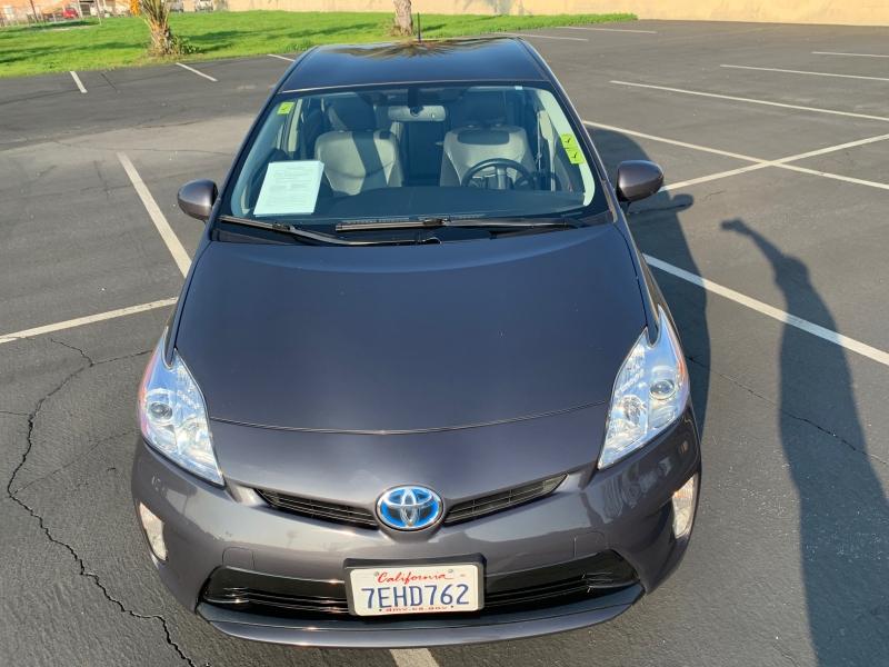 Toyota Prius 2014 price $12,999