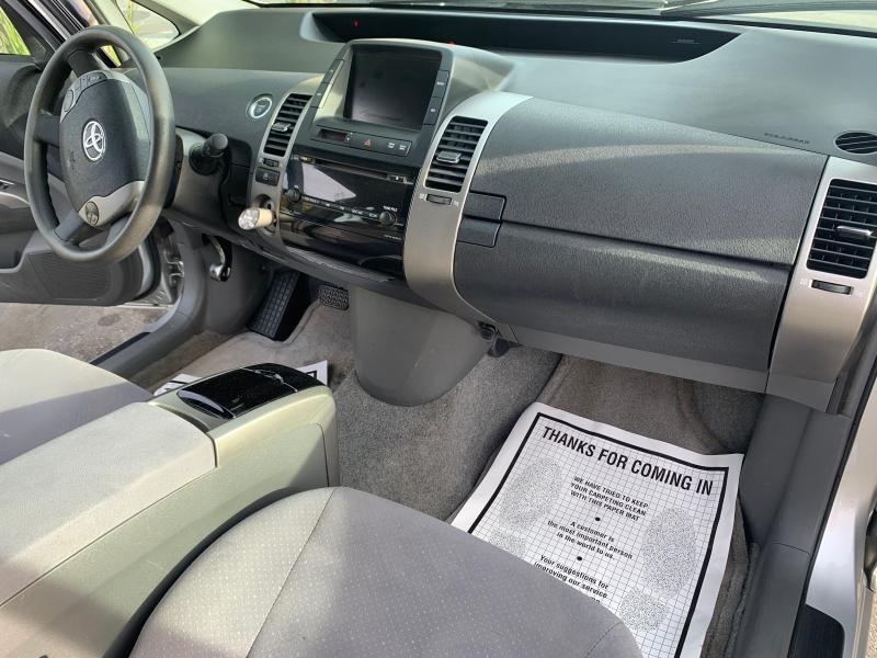 Toyota Prius 2009 price $6,999