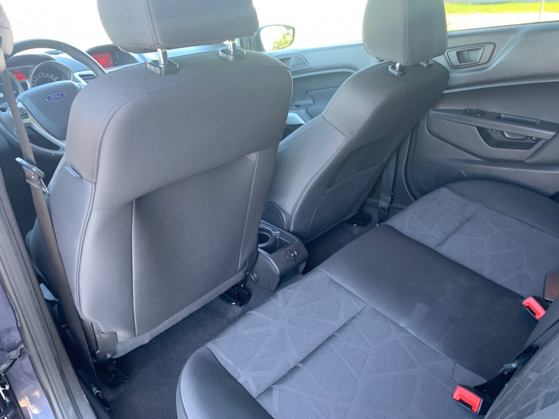 Ford Fiesta 2013 price $5,500