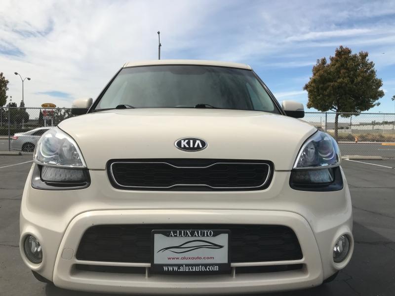 Kia Soul 2013 price $7,999