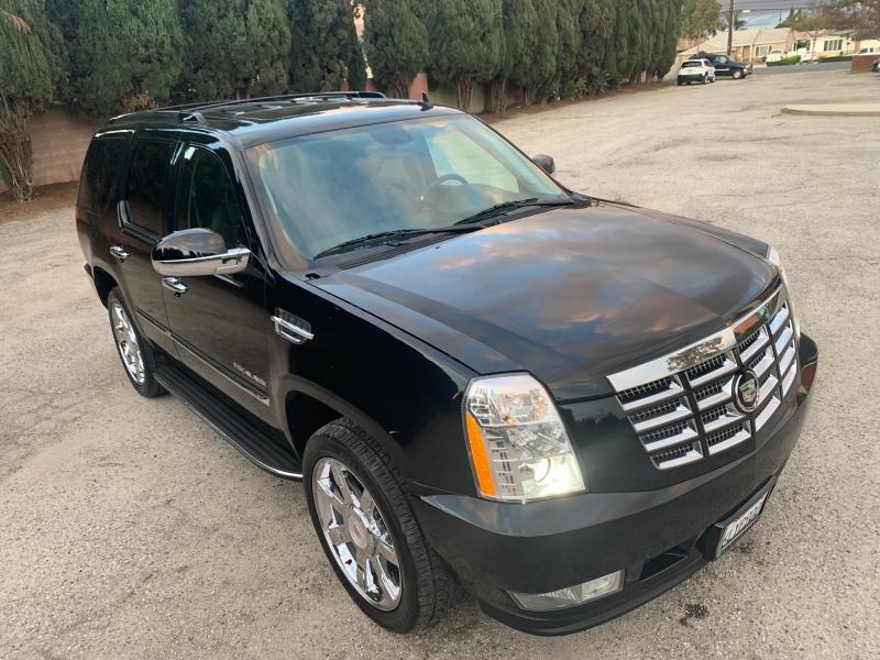 Cadillac Escalade 2010 price $15,500