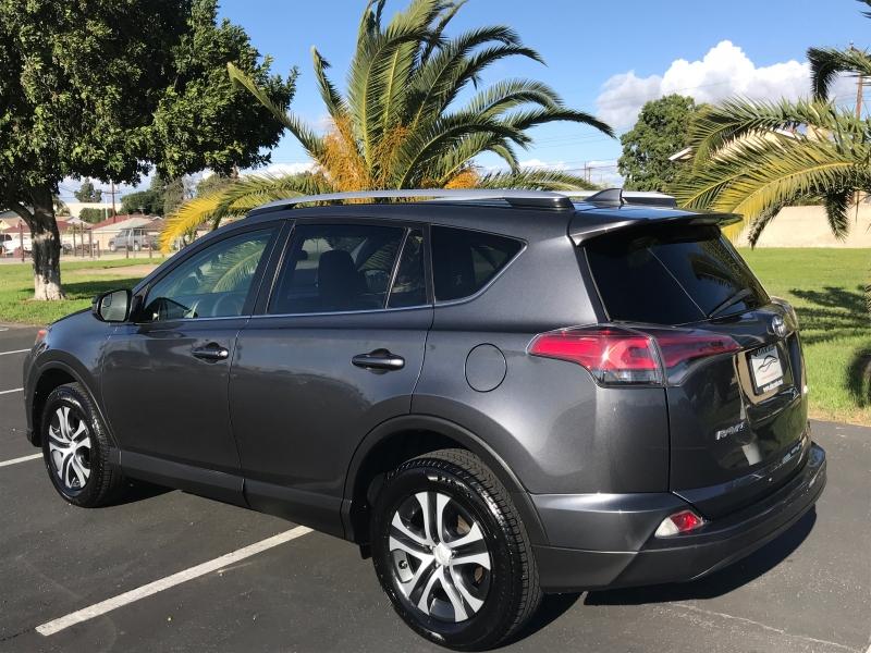 Toyota  2016 price $12,999