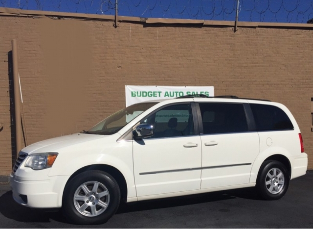 2010 Chrysler Town