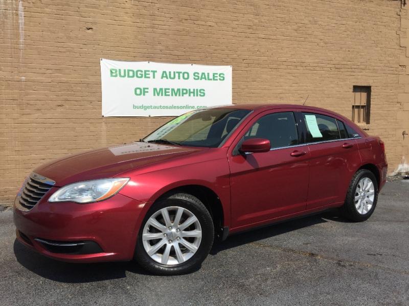 Chrysler 200 2011 price $8,495