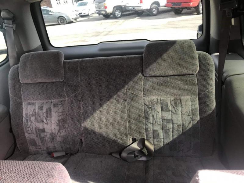 Dodge Grand Caravan 2001 price $3,950