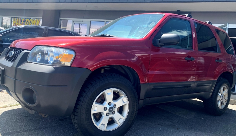 Ford Escape 2005 price $4,995