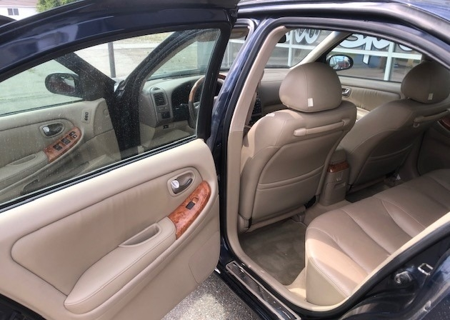 Infiniti I35 2002 price $4,600