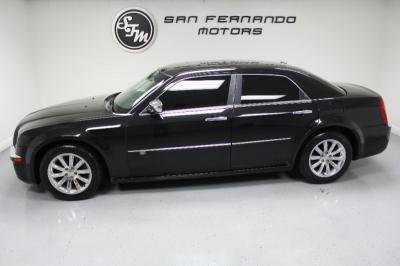 2010 Chrysler 300 4dr Sdn 300C Hemi RWD
