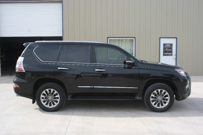 "2015 Lexus GX 460 4WD ""LUXURY"" PKG. 3RD ROW. HTD/COOL ..."