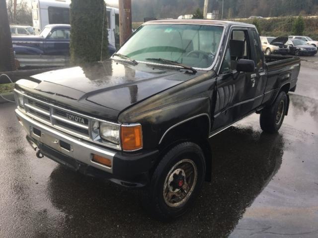 1987 Toyota SR5 Trucks 4WD